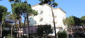 Esterno Hotel Augustus Milano Marittima